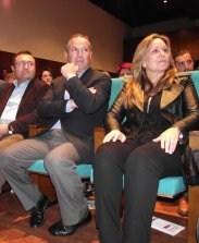 Trinidad Jiménez, junto al exalcalde trasfuga del PSOE de Ronda y Miguel Ángel Heredia