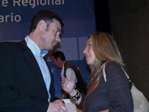 Mientras en Andalucía eran prohibidas las primarias, en el mismo PSOE, se celebraban en Madrid, Tomás Gómez versus Trinidad Jiménez, o en otras ciudades
