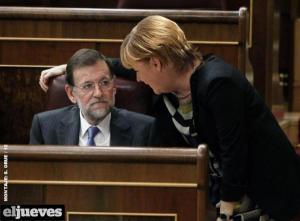 Merkel impartiendo instrucciones a Rajoy hasta en el Congreso de Diputados.