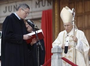 Gallardón, un ministro de un Estado aconfesional postrado ante la jerarquía católica