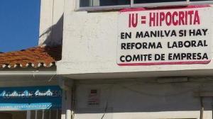 Una alcaldesa que no tuvo reparo para sacar un decreto de cara a quitar esta pancarta del Comité de Personal del ayuntamiento que preside