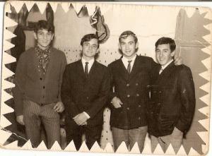 """Felipe Pajares, Gabriel Menéndez, Paco Ordoñez y José Luis Luque, unos del club de """"Los Scouts"""" y otros de """"Los Soñadores""""."""