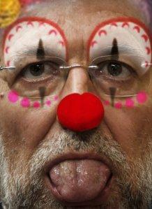España en manos de un patético payaso que a lo mejor lo fue hasta para los niños de Ana Mato