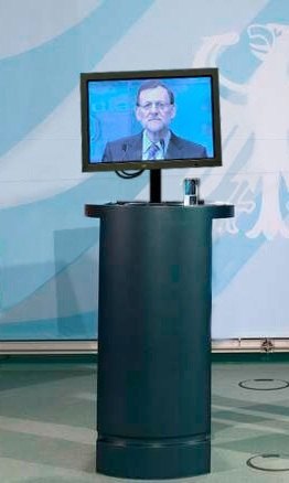 Rueda de plasma dada por Rajoy para explicarse sin periodistar el escándalo Bárcenas