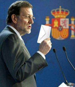 Rajoy y su sobre