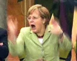 Merkel, estallaba de alegría, ante el nuevo acuerdo de rescate a Chipre que no pasaba, esta vez, por la aprobación del Parlamento