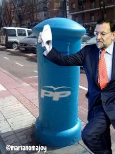 Bárcenas, Rajoy, sobre, buzón, cada vez más asociados por la ciudadanía