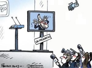 Un Rajoy refugiado tras el plasma para no contestar a preguntas