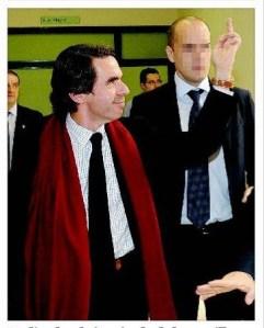 Peineta de un expresidente, muy al estilo Mourinho