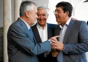 Griñán, perdió las elecciones municipales y autonómicas frente a Arenas, y gobierna en coalición con IU de Valderas