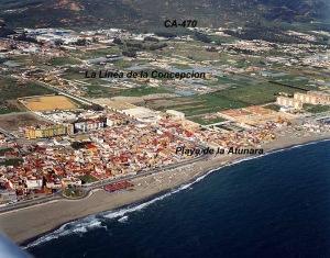 Barrio de la Atunara, que dio nacimiento a La Línea, a escasos metros por mar a Gibraltar