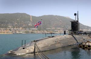 El submarino nuclar británico, Tireless, que estuvo once meses en Gibrañtar, con la complicidad de Aznar y Rajoy, con una grave avería