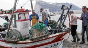 Uno de los ocho, ya siete, que constituye la flotilla pesquera de La Línea en aguas de Gibraltar