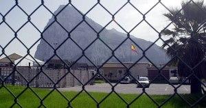 Nuevamente, la diplomacia de la derecha española, al igual que ocurrió en el pasado con Franco pretende alambradas para separar los pueblos de La Línea y Gibraltar
