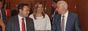 Luciano Alonso, hablándole a Susana Díaz y a su ex-antagonista, Heredia, secretario de la ejecutiva del PSOE de Málaga