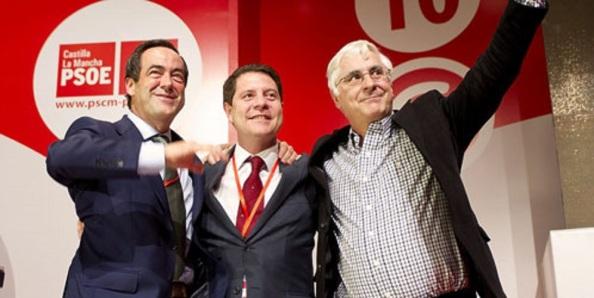 García-Page, entre Bono y Barreda, que preside, desde febrero del 2012, el PSOE de Castilla-La Mancha, sin ninguno de ellos