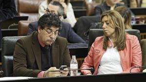 Los coaligados Diego Valderas (IU) y Susana Díaz (PSOE-A) con malas caras