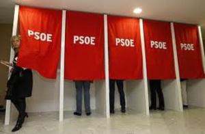 Difícil lo tiene el PSOE en tanto no se regenere y sea la democracia en su funcionaciento el motor que le haga conectar con la ciudadanía