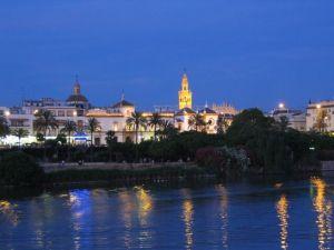 Sevilla, a pie del Guadalquivir