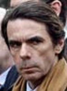 Un Aznar avinagrado que muy pronto se olvidó de su negociación con ETA, también empezó a ver con malos ojos a Rajoy