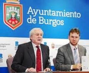 Javier Lacalle, primer edil oficial, con Méndez Pozo ¿Quién es el alcalde real de Burgos?