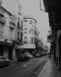 Calle Álamo con el cruce de calle Carcél, era centro de los fascistas de Málaga.