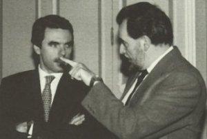 Corrían tiempos de cierta fluidez de la comunicación entre Aznar y Anguita.