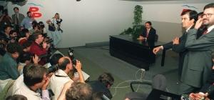 Aznar en la segunda derrota electoral dejunio de 1993