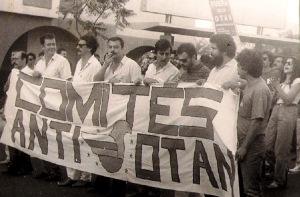 La movilización que hubo contra la entrada en la OTAN, sirvió, aprovechando el referendún que conovocó Felipe González, para acabar con el declive que llevaba al PCE a su desaparición, con la constitución por Julio Anguita de