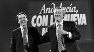 Con el triunfo de Aznar en Madrid y la derrota de Arenas en Andalucía,