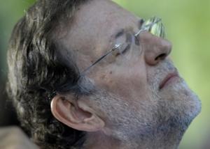 Mariano Rajoy, pensando tomar decisiones.