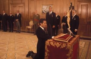 Adolfo Suárez, tomando posesión como Presidente del Gobierno.