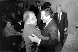 Suárez y Carrillo desde las antípodas políticas, a la complicidad en la Transición, haciendo lo difícil hasta ser devorados por la mala gobernanza de sus partidos