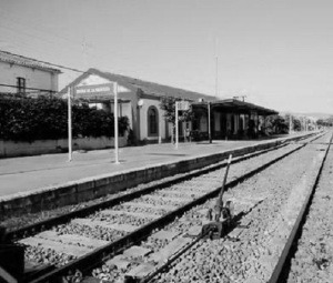 Estación de Jimena, al amanecer de un 14 de abril de 1931