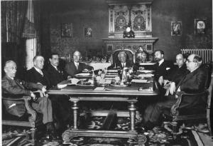 Primer Gobierno provisional republicano presidido por Alcalá Zamora