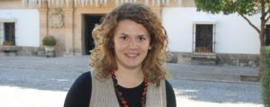 La nueva responsable del PSOE. Responde al perfil. Menor de 30 años. Sin experiencia profesional. Ya colocada en la Junta de asesora del delegado del Gobierno