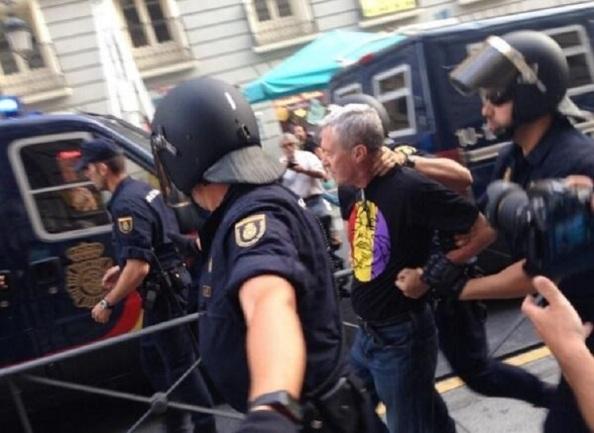 LA detención de Jorge Vestrynge, que fuera el segundo de Manuel Fraga en Alianza Popular, y ahora evolucionado, por manifestarse republicano