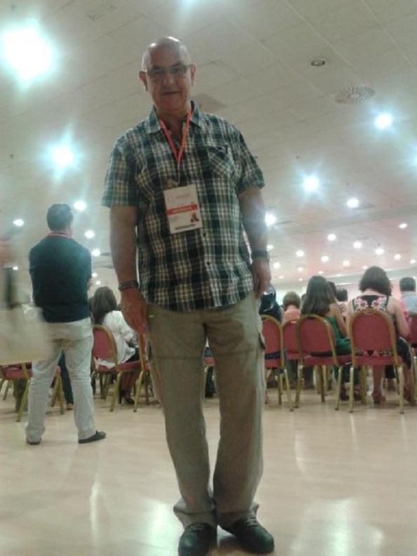 Para que nadie ponga en duda que estuve allí. Entrando al Congreso con la credencial puesta en el Hotel sito junto al aeropuerto de Barajas donde se celebó el evento.