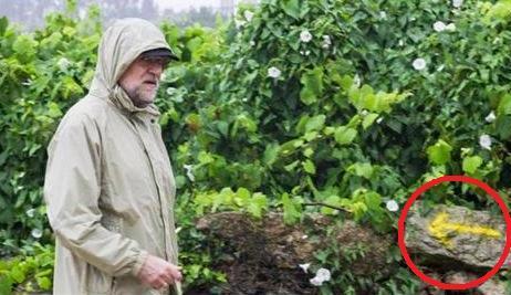 Rajoy, en su camuflado camino estival, en sentido contrario también de la transparencia