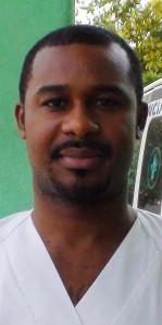 William Ekerurm, el enfermero heróico que está haciendo frente a los afectados por el Ébola en el hospital católico de San José en Monrovia