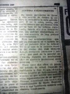 """Nota en la prensa del periódico """"Área del Campo de Gibraltar"""" en su edición del domingo 27 de agosto informando del fallecimiento del doctor Montero ocurrido el lunes día 21."""