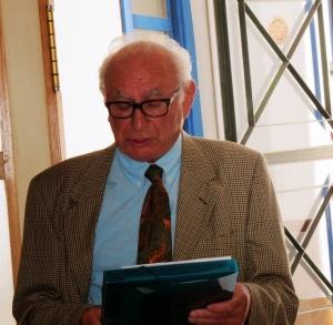 José Regueira, cronista oficial de Jimena, en el acto de homenaje al doctor Montero