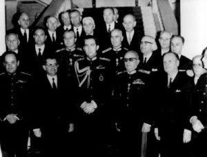 El Gobierno gospista de los coroneles de Grecia apoyado por el Rey Constantino, cuñado de Juan Carlos