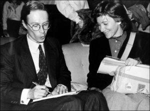 Esperanza Aguirre, a principios de la década de los 80 con Jorge Verstrynge, ates que entrara en AP.