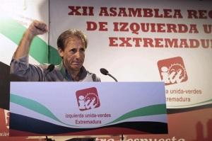 Los que van a salir reforzados de esta crisis como Pedro Escobar de IU-Extremadura