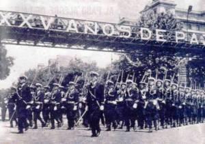 El desfile de la Victoria empezó a llamarse el de los XXV años de Paz