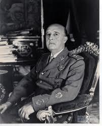 El Dictador de malos recuerdos para la vecina con dos hijos en Francia