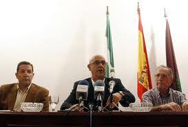 Rueda de prensa anunciando mi presentación a Primarias. Junio 2010.