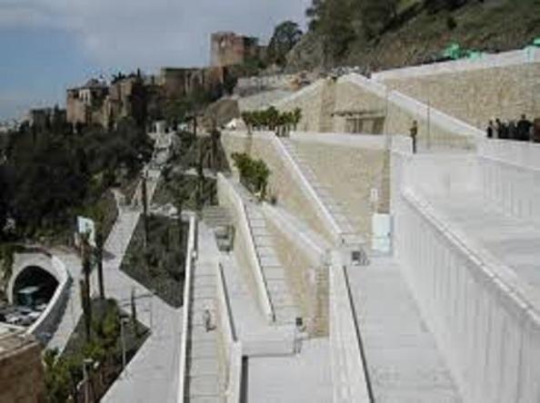 El laberinto de muros en que quedó la extinta Coracha