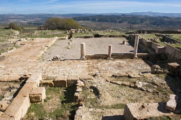 Ruinas romanas abandonadas